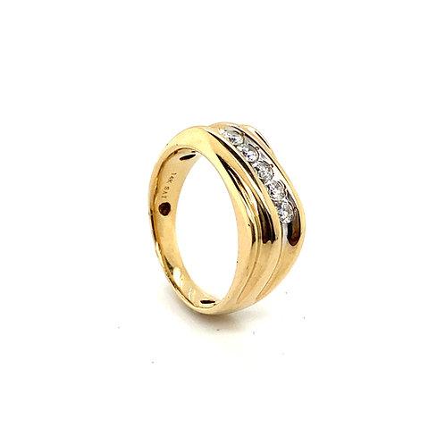 Men's 14K Gold and Diamond Wedding Ring