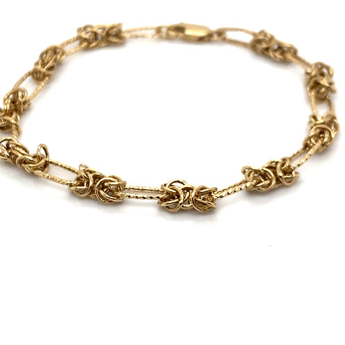Dainty 14K Handcrafted Gold Fancy Chain Link Bracelet