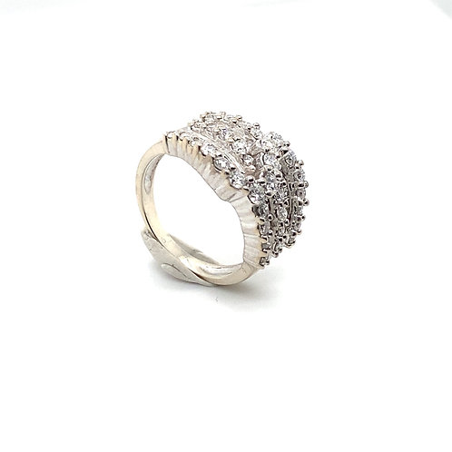 Stunning 14K White Gold IGI Certified Diamond Ring