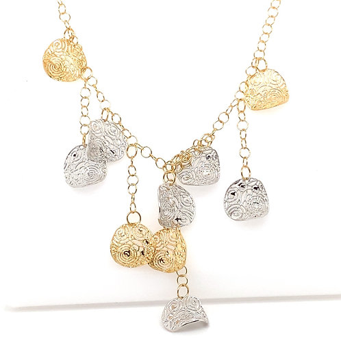 Beautiful 14K Leaf 20in Necklace