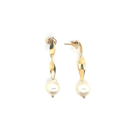 Stunning Women's 14K Pearl Earrings