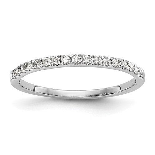 Beautiful Handcrafted 14K White Gold Round Diamond Wedding Band