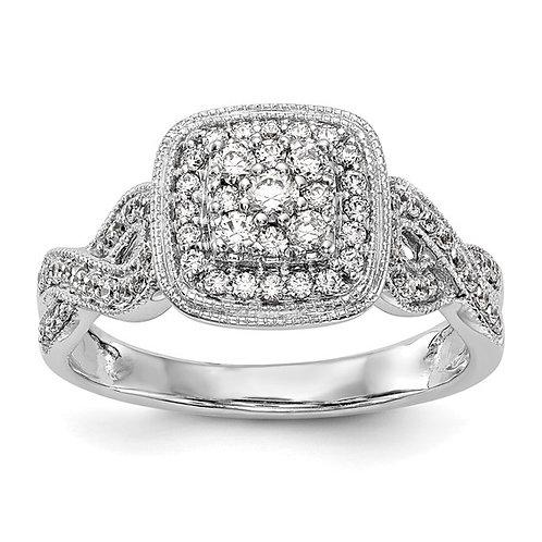 Beautiful BLING! Engagement Ring 14K White Gold & Diamond 0.5ct Cluster