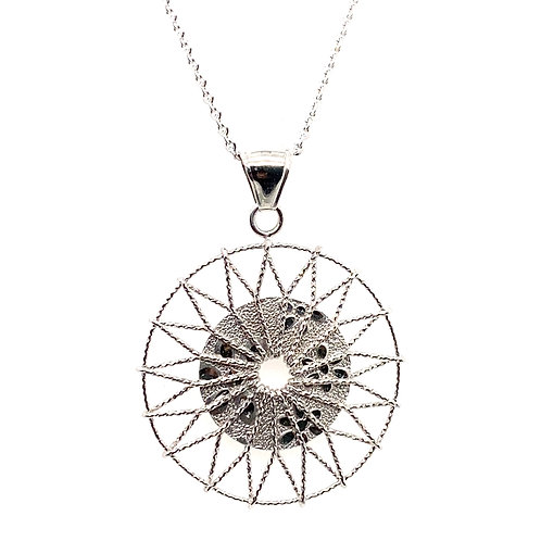 Gorgeous Sun Burst Round Diamond Cut Pendant Handcrafted 14K Gold & Necklace