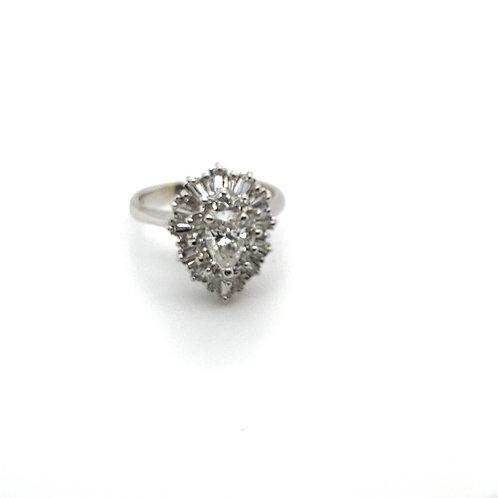 Stunning IGI Certified Diamond 14K White Gold Engagement Ring