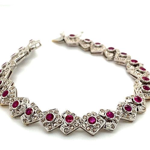 GORGEOUS! 18k White Gold Ruby & Diamond Tennis Bracelet Unique Triangle Shape