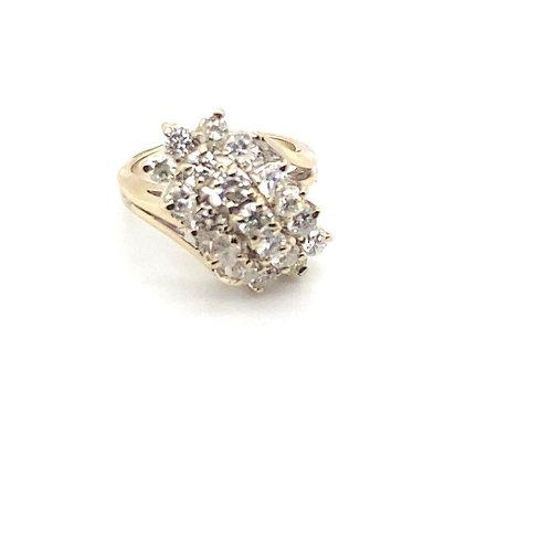 Stunning Women's 14K White Gold IGI Certified Diamond Ring