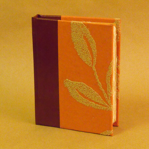 WORKSHOP | Italian Bookbinding + Journal Creation