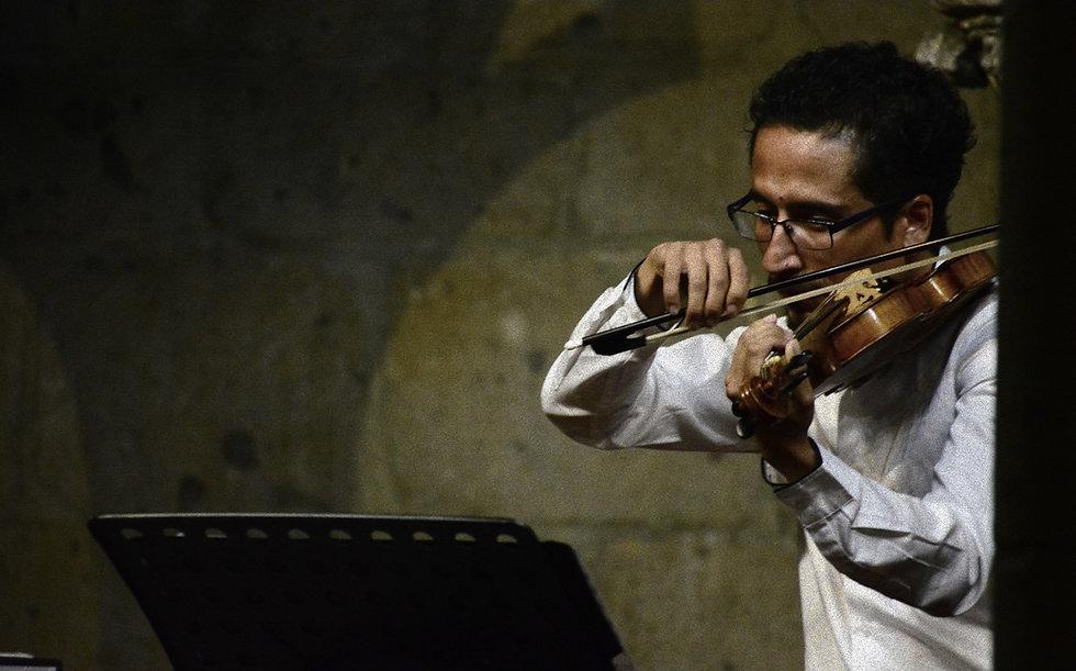 victor vazque violinista