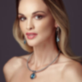Design Jewellery: Model wearing Ellen Kvam jewellery with Swarovski Crysals