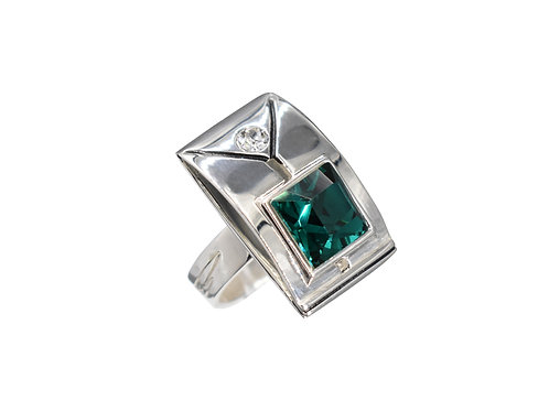 Reunion Ring - Emerald