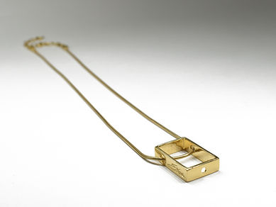 Goldplated chain and frame | Ellen Kvam Norwegian Design