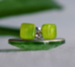 Glass Jewellery: Simple handcrafted glass earrings