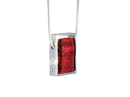 Sparkling Red Necklace in Sterling Silver Frame