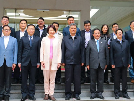 The DAB visited GuangDong regarding making life more convenient for Hong Kong people on the Mainland