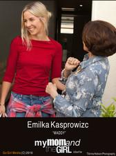 My-Mom-And-The-Girl_Emilka-Kasprowizc_M