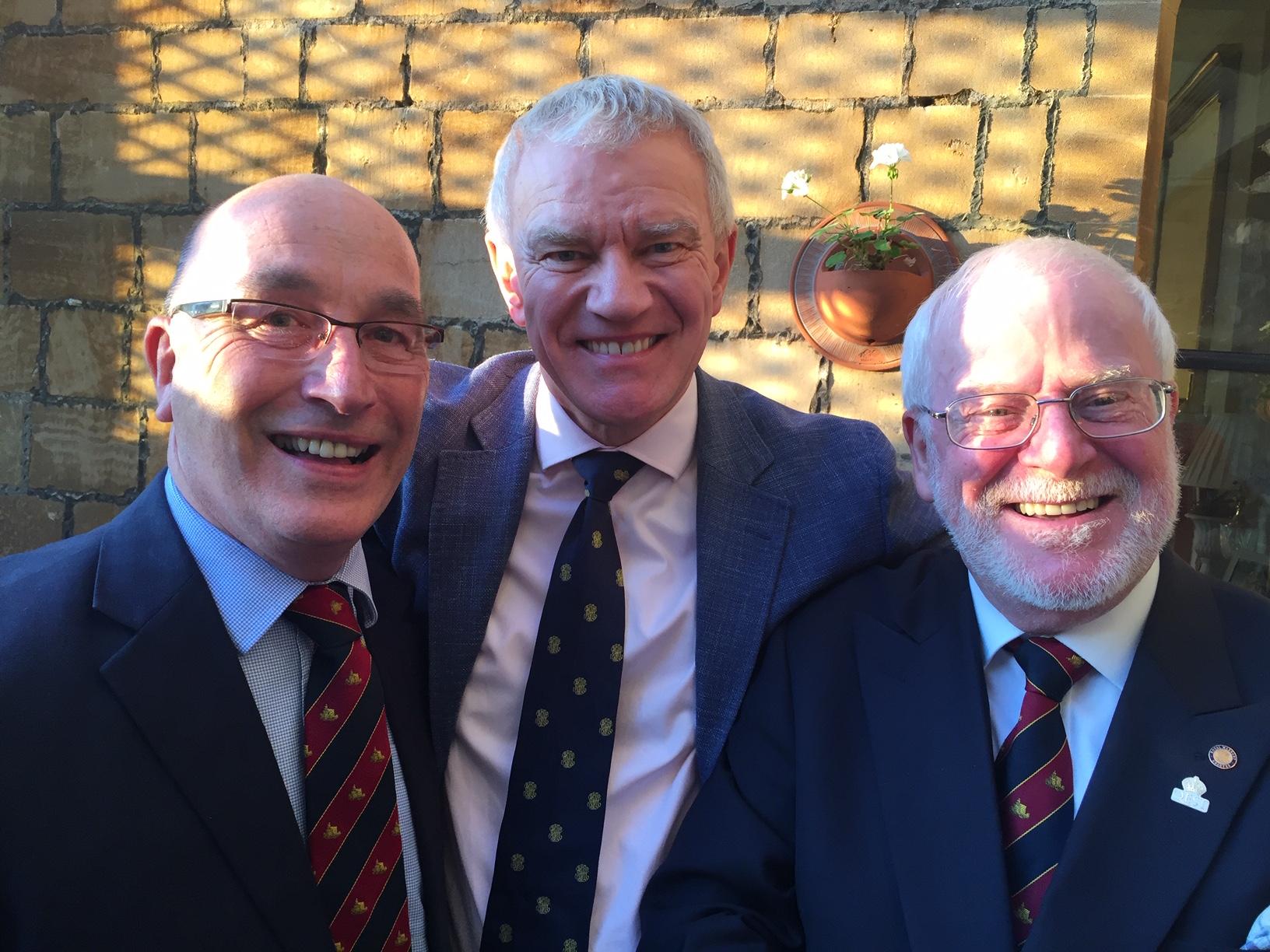 Chris, Tony Wheeler, Alec