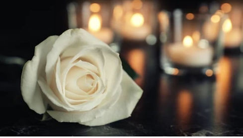 rose candle (2).jpg