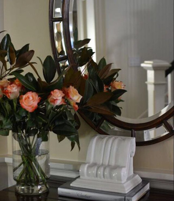 Pretty and welcoming entry at our client