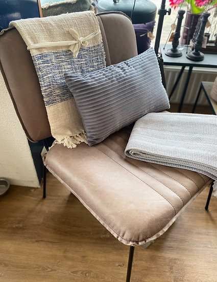 Lederen fauteuils diverse kleuren