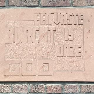 Motto- Louis Loyenstraat 5