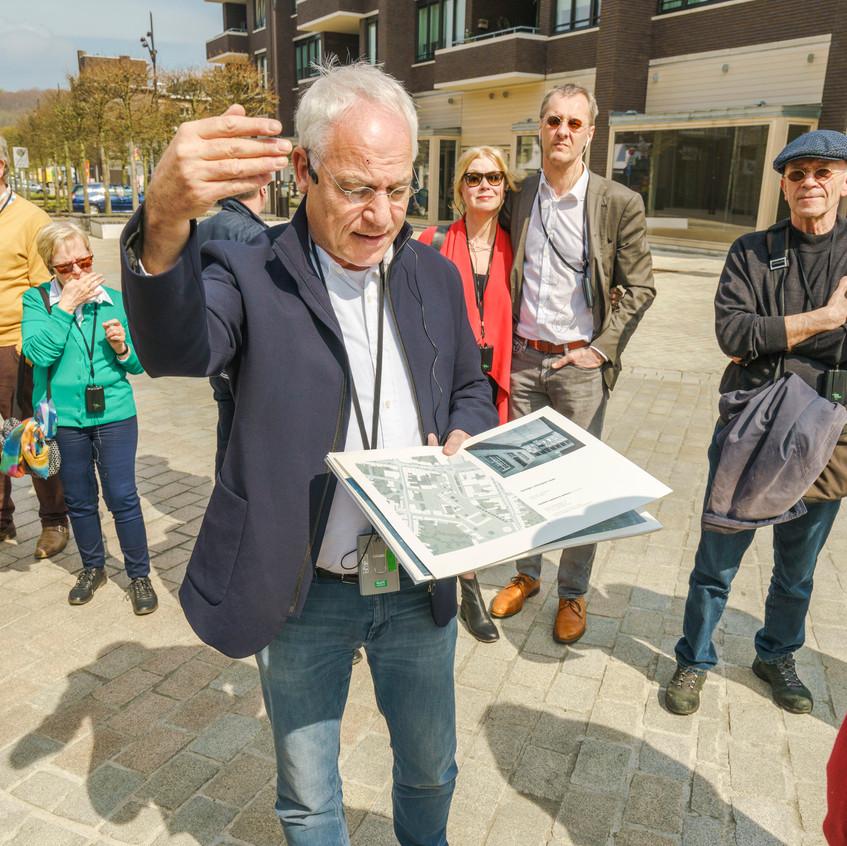 Architectuurexcursie_Zuid-Limburg_Oost,_Topos_2018,_Fred_Humblé_door_John_Sondeyker_DSC5262