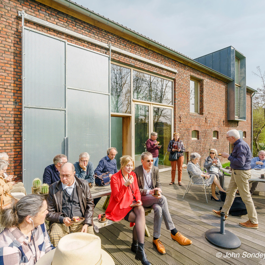 Architectuurexcursie Zuid-Limburg Oost, Topos 2018, Bij Jeanne Dekkers door John Sondeyker_DSC5107