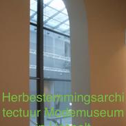 Herbestemmings architectuur Modemuseum in Hasselt