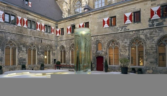 binnenhof kruisherenhotel, www