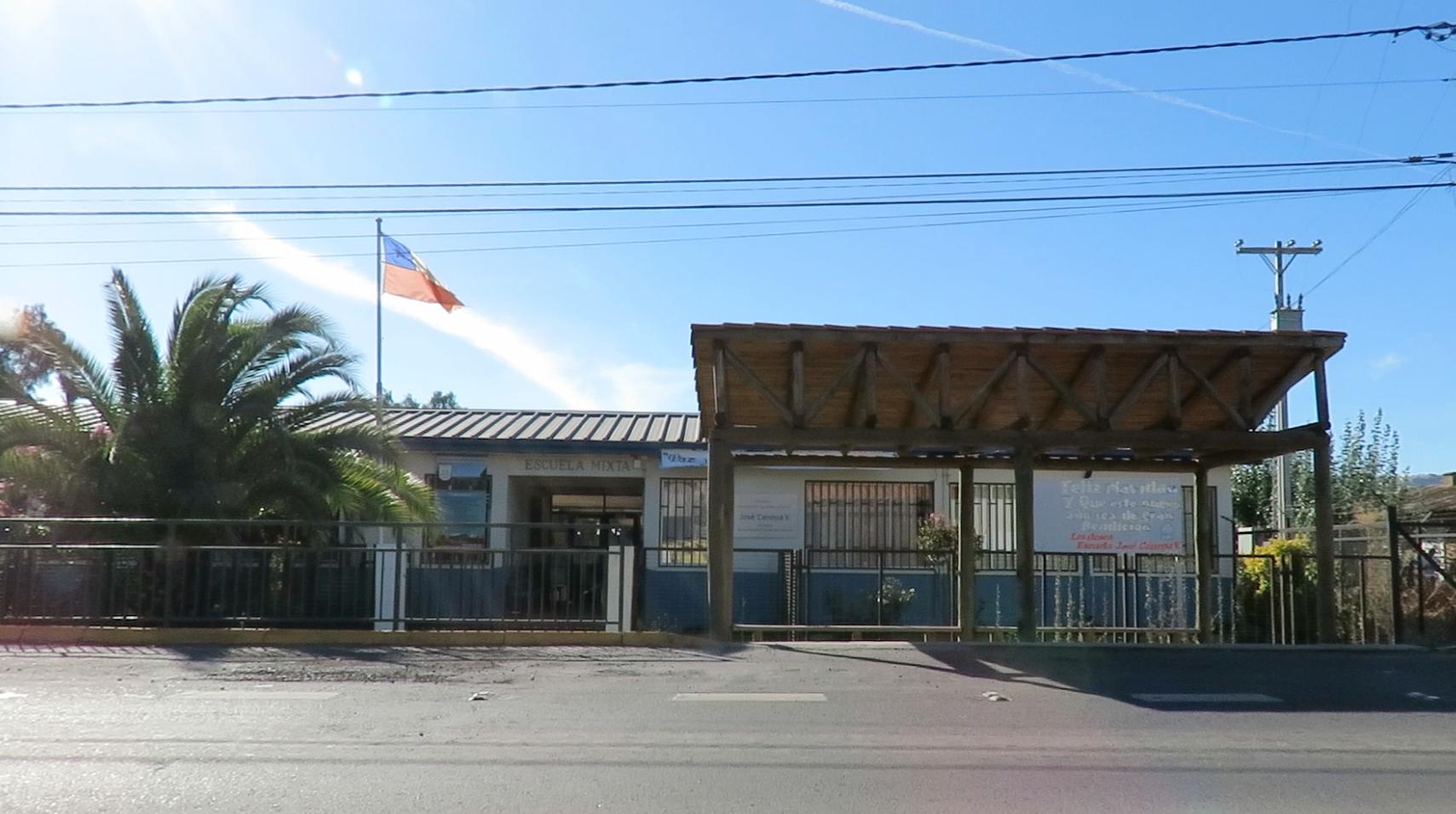 Escuela Jose Canepa de Peteroa