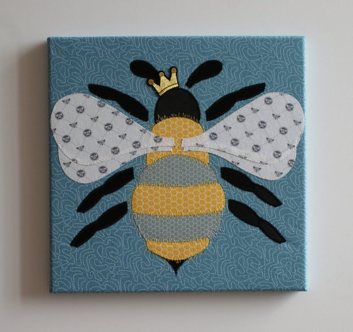 Miss Bumble Queen Waggle