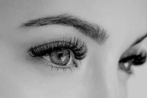 Close%20up%20view%20of%20beautiful%20green%20female%20eye%20with%20long%20eyelashes%2C%20smooth%20he