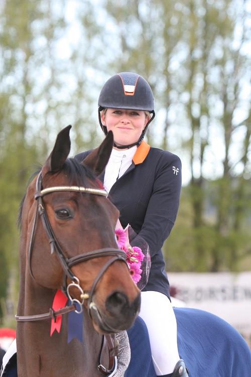 Amalie Hegre med Remedy.jpg