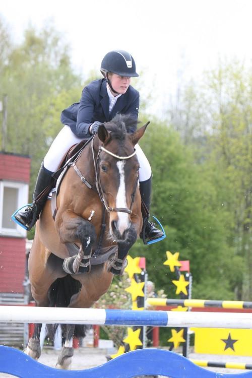 Amalie Bloch Jensen med Landita.jpg