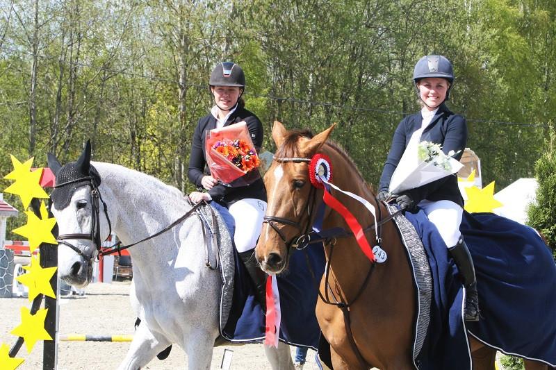 Sanne Sofie Hansen med Classic Girl og Cornelia Emilie Kasin Simply Cruise (Laco