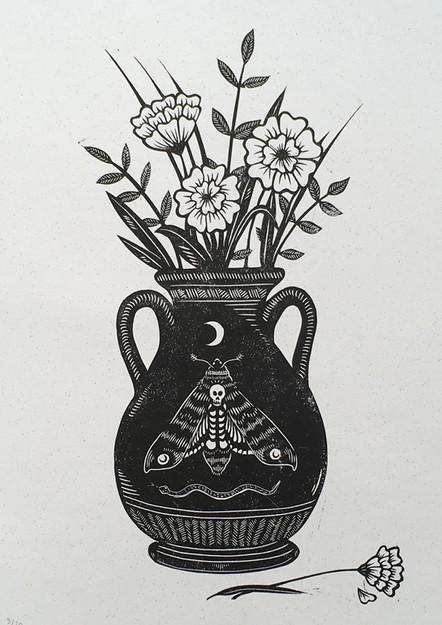 The Acherontia Vase