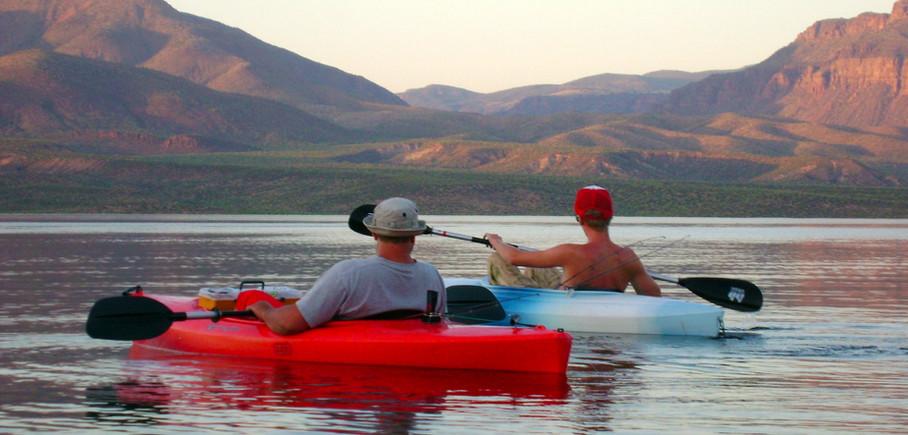 Kayaking Roosevelt Lake Schoolhouse Point