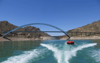 Boating_Speedboating