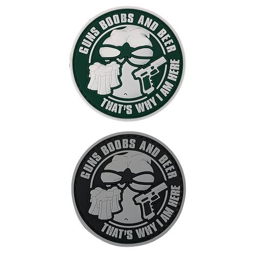 Badge GUNS, BOOBS & BEER