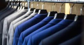 ¿Puede prohibir la empresa a un empleado vestir como quiera?