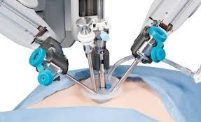 El uso de robots en medicina obligará a revisar la regulación sobre privacidad