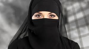 El TJUE no ve discriminación directa en que una empresa privada prohíba el uso del velo islámico