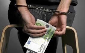 Subirse el sueldo sin permiso y otras estafas que llegan al juez