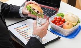 Comer en el trabajo puede ser un despido procedente