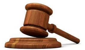 Un juez anula parte de la cláusula de un préstamo por considerar abusivos los gastos hipotecarios