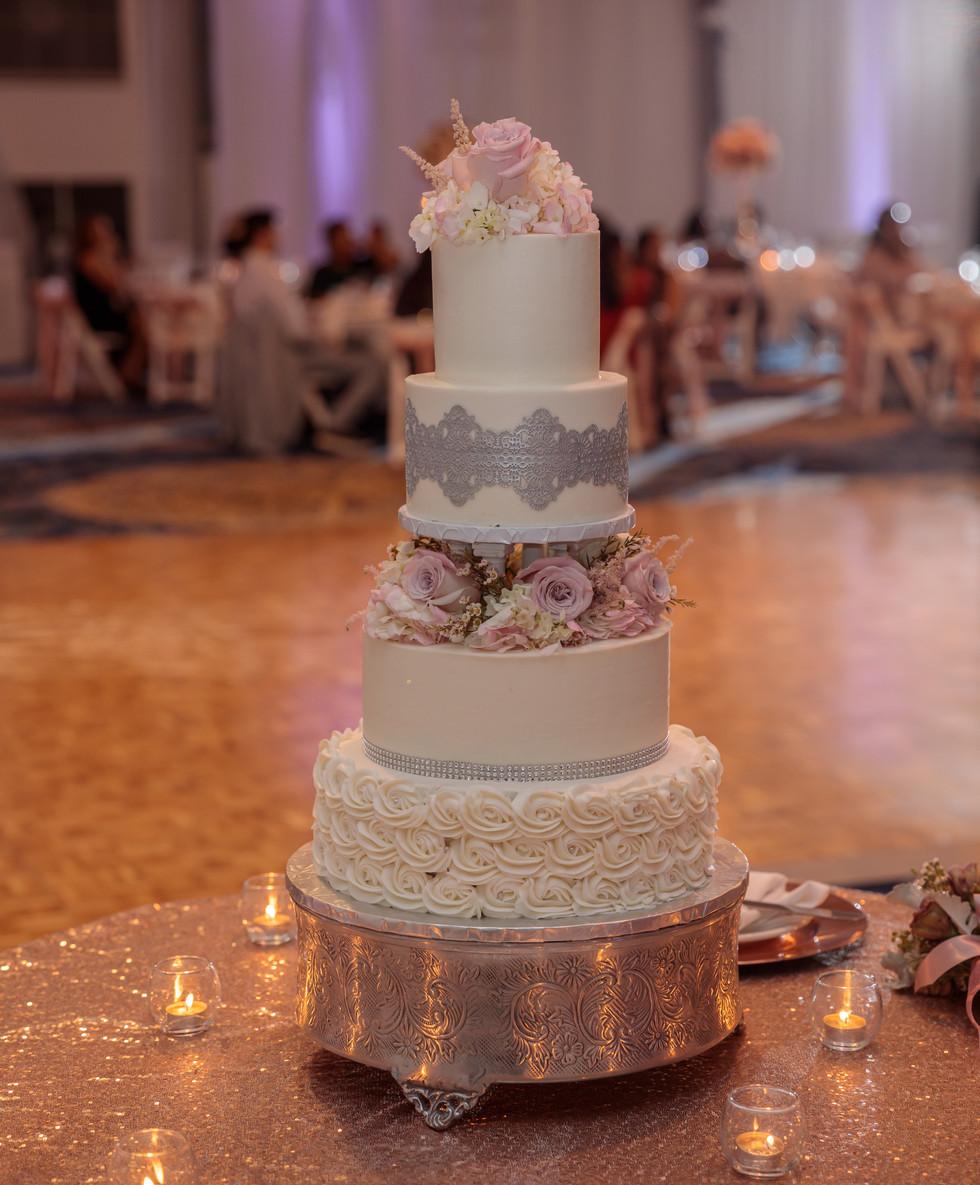 Sweet Divas Wedding Cake