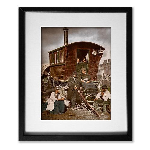 Nomades - Gypsy Caravan (Victorian London 1877)