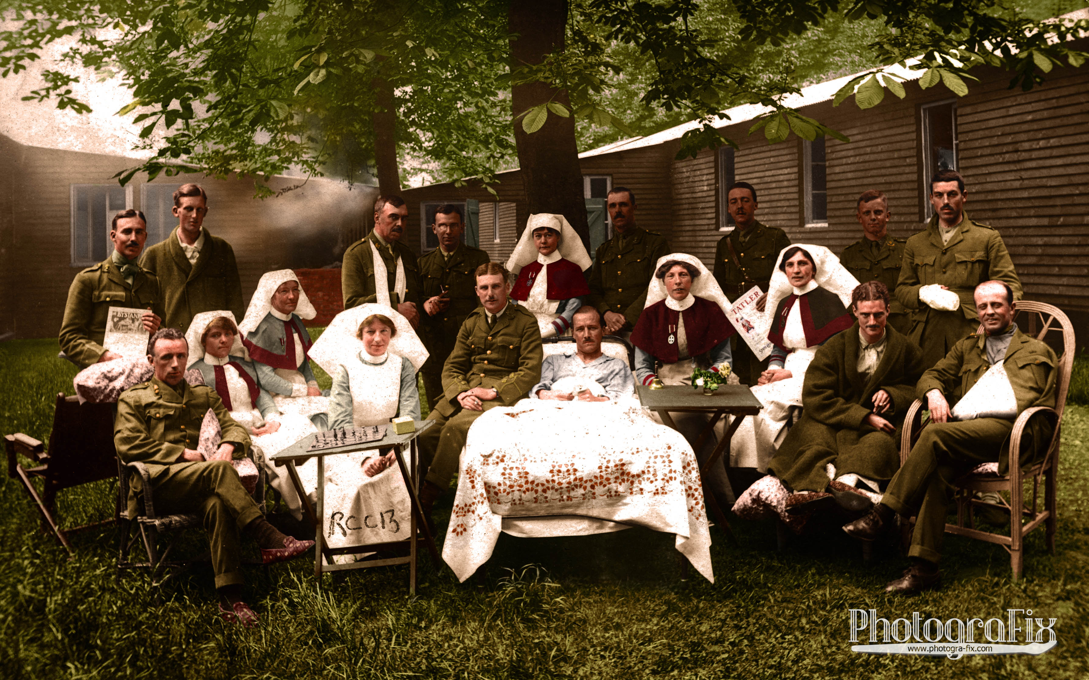 Irish Soldiers and Nurses, 1917