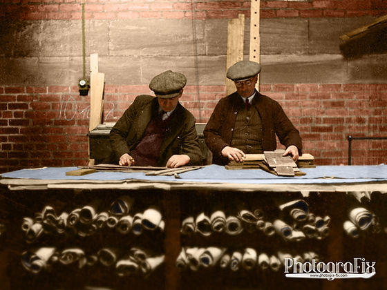 Tyneside Shipwrights, 1943, WW2 Wartime ship builders, Colourised by Tom Marshall at PhotograFix, professional photo colouriser and restorer.