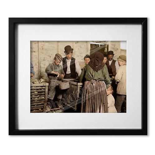 Lewis Hine - Shucking Stall 1911